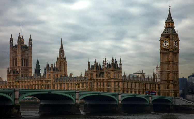 Westminster Palace - after using the Clone Stamp tool to remove people